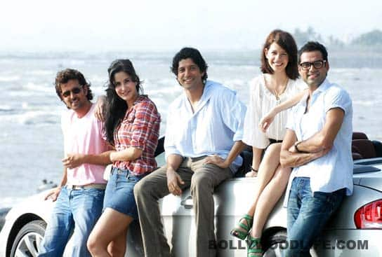 ZINDAGI NA MILEGI DOBARA Review: The real cool!