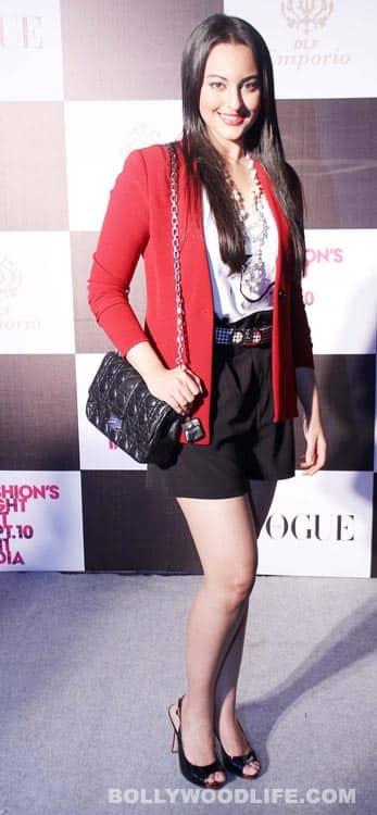 Sonakshi Sinha, Jacqueline Fernandez at Vogue's Fashion Night