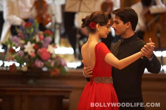 Shahid Kapoor & Sonam Kapoor age well in'Mausam'