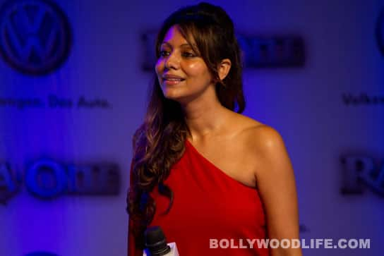 Shahrukh Khan's wife Gauri gifted an old model Volkswagen?