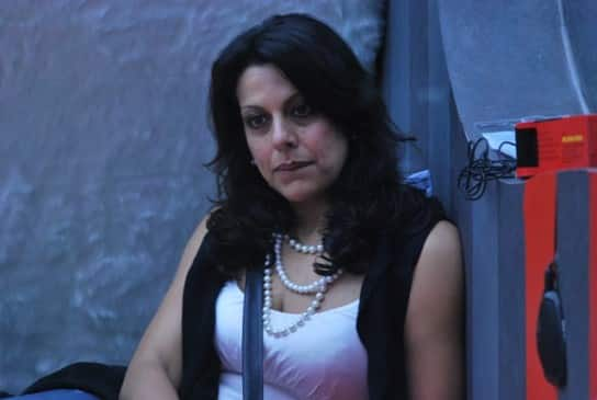 BIGG BOSS 5: Pooja Bedi eliminated from house!