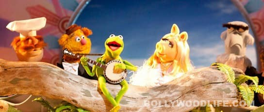 'The Muppets' take over Bollywood, use song from Amitabh Bachchan film