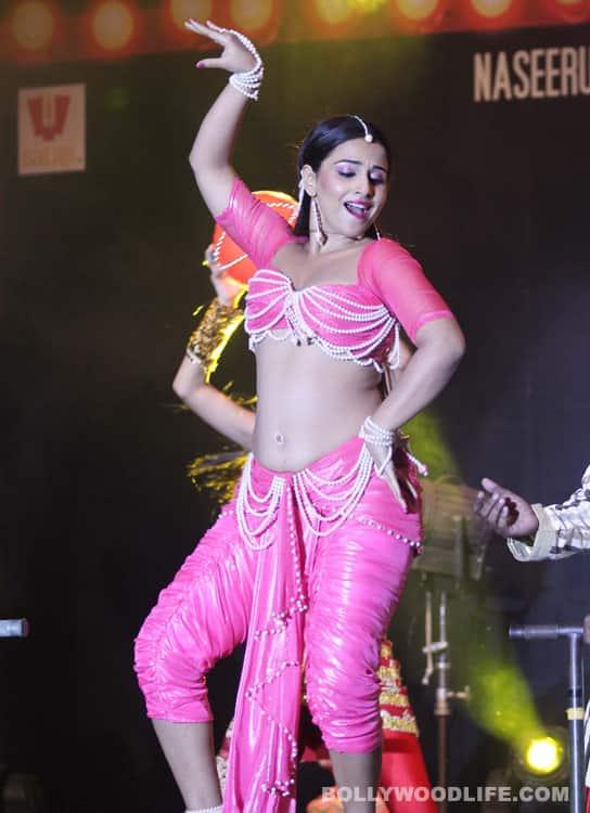 Vidya Balan's belly goes ooo laa laaa…!