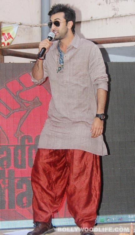 Ranbir Kapoor spreads 'Rockstar'fever
