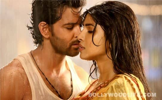 AGNEEPATH: Hrithik Roshan, Priyanka Chopra and Katrina Kaif are smoking hot!