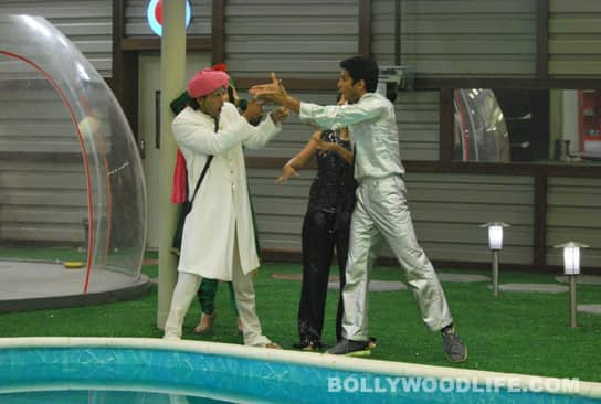 BIGG BOSS 5: Amar and Sky get into a fight!