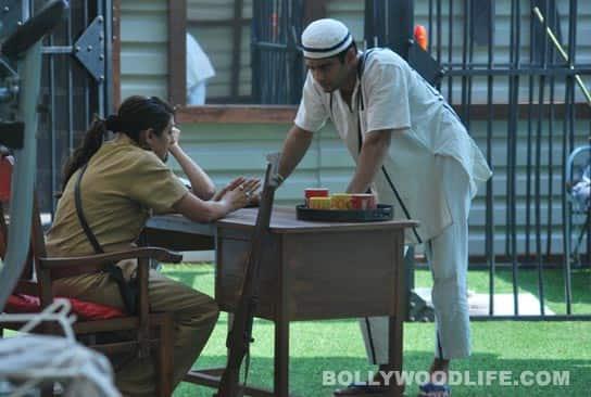 BIGG BOSS 5: Sunny Leone suffers heat stroke!