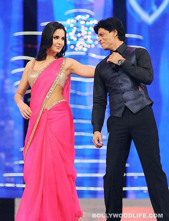 Shahrukh Khan embarrasses himself at Screen Awards!