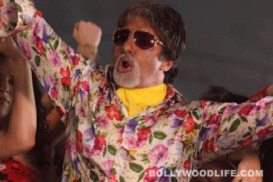 Amitabh Bachchan shaves his chest! Here's why