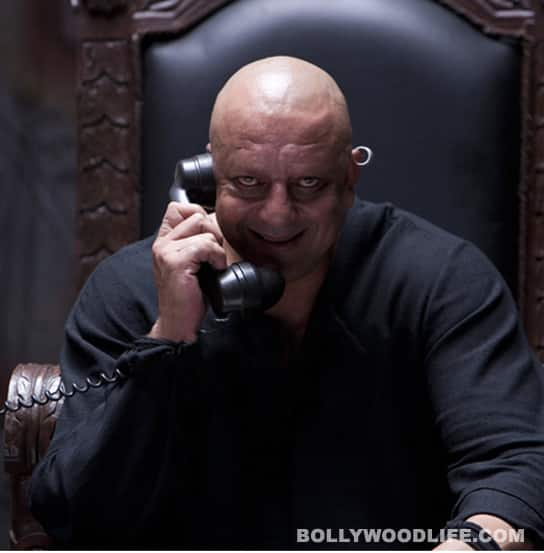 AGNEEPATH dialogue promo: Sanjay Dutt is scary!