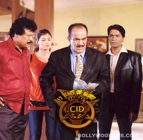 ACP Pradyuman's gems: Daya darwaza tod do!