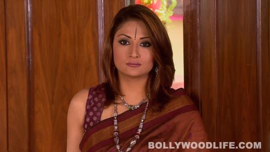 Urvashi Dholakia back as Komolika in 'Saubhagyavati Bhava'