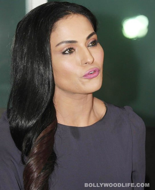 Veena Malik's Holi dance: See it to believe it!