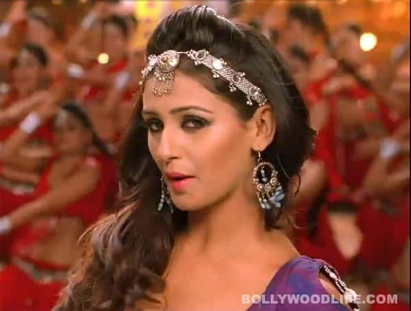 How rowdy is the 'Aa re pritam pyare' song from 'Rowdy Rathore'?