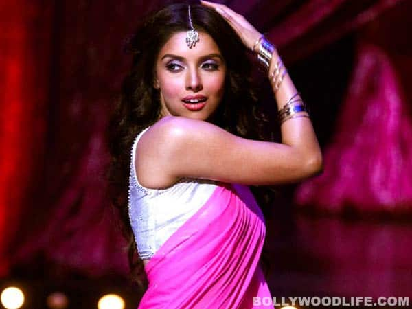 Has the success of 'Housefull 2' gone to Asin's head?