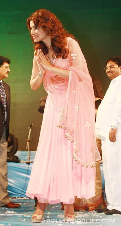 Priyanka Chopra, Om Puri adjudged 'PunjabiIcons'