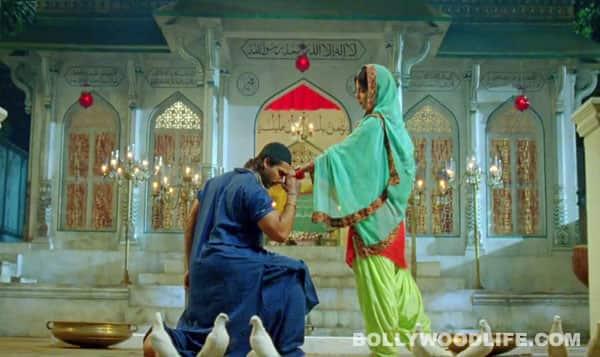 Shahid Kapoor-Priyanka Chopra's 'Teri Meri Kahaani' has a 'Mausam' hangover!