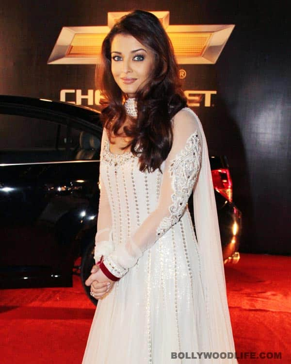 Aishwarya Rai Bachchan settles for Abu Jani-Sandeep Khosla for Cannes 2012