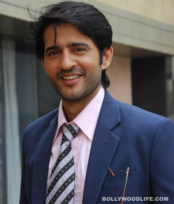 KYA HUA TERA VAADA: Hiten Tejwani turns Manav into Jatin for Mona Singh