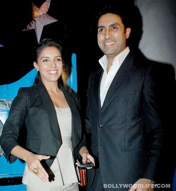 Asin Thottumkal: Abhishek (Bachchan) is a sore loser!