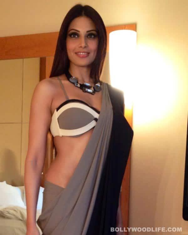 Bipasha Basu looks stunning in a sari at IIFA