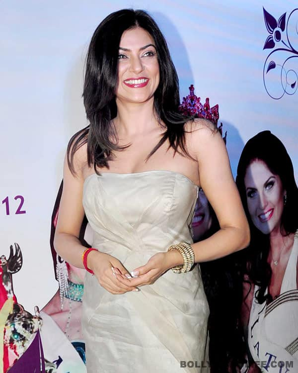 Sushmita Sen's wardrobe malfunction: C'mon, give her a break!