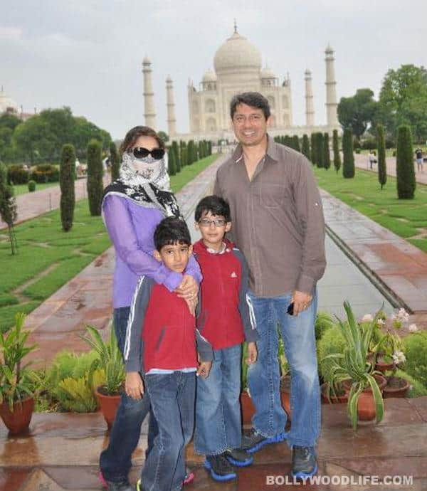 Madhuri Dixit visits the Taj Mahal, in disguise!