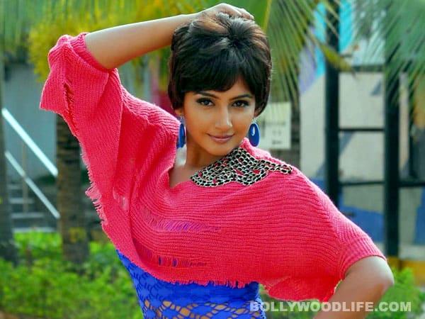 Ragini Dwivedi in 'Kahaani'remake