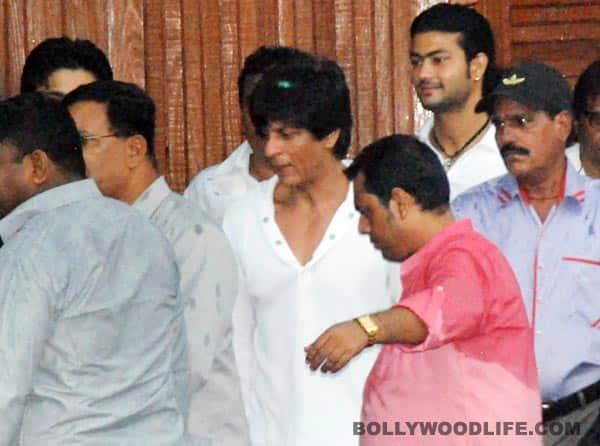 Shahrukh Khan, Salman Khan, Amitabh Bachchan visit Rajesh Khanna'sresidence