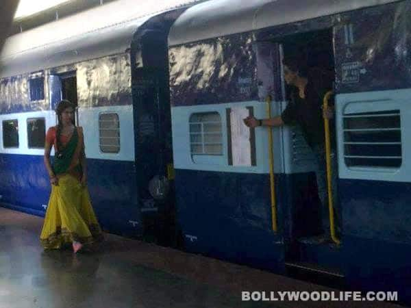 CHENNAI EXPRESS first look: Are Shahrukh Khan-Deepika Padukone recreating DDLJ?