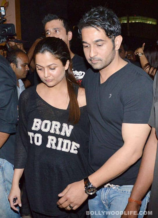 Farhan Akhtar, Sanjay Dutt, Malaika Arora Khan attend the Guns N' Roses concert: view pics