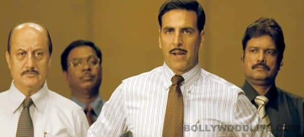 Special Chabbis official trailer: Akshay Kumar gears up to dupe in the garb of CBI!