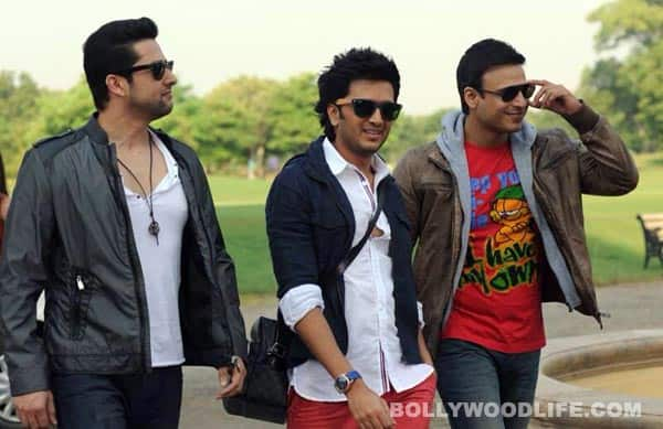 GRAND MASTI first look: Aftab Shivdasani, Riteish Deshmukh and Vivek Oberoi are all set to have mega fun