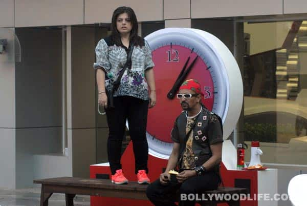 Bigg Boss 6: Rajev Paul pacifies Delnaaz Irani after a showdown with Urvashi Dholakia