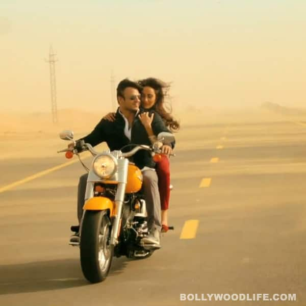 Jayantabhai Ki Love Story song Aa Bhi Ja: Vivek Oberoi and Neha Sharma romance in the desert