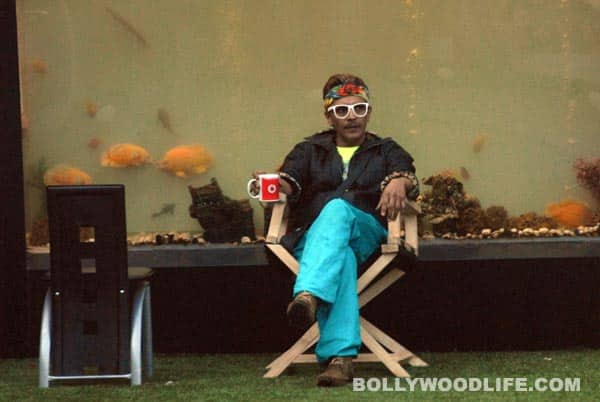 Bigg Boss 6, Day 96 synopsis: Urvashi Dholakia hits Imam Siddique's statue with a shoe