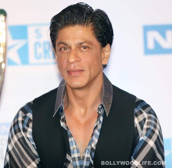 Why doesn't Shahrukh Khan like to wear pink?