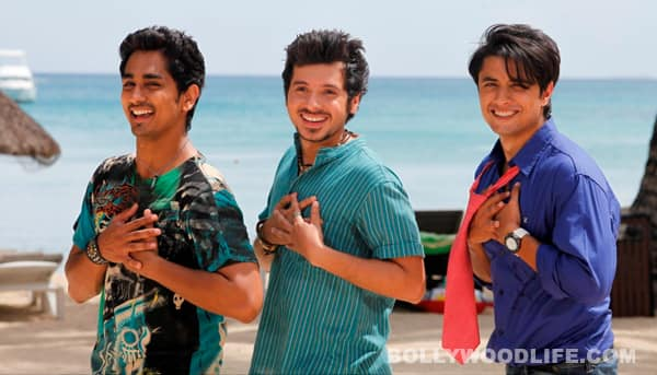 Ali Zafar, Siddharth and Divyendu Sharma pull each other's undies