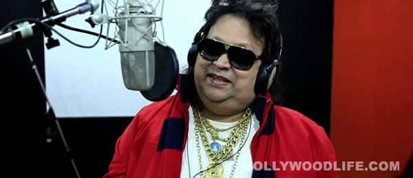 Bappi Lahiri does his jiggy thing in new Jolly LLB song: Watch video!