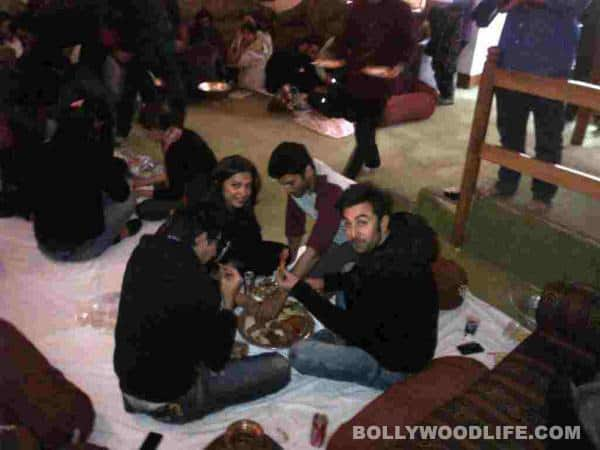Yeh Jawaani Hai Deewani actors Deepika Padukone and Ranbir Kapoor feast on the wazwan