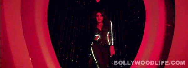 Babli badmaash teaser: Priyanka Chopra does the catwalk