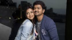Thalaivaa first look: Vijay keeps his Thuppakki look!