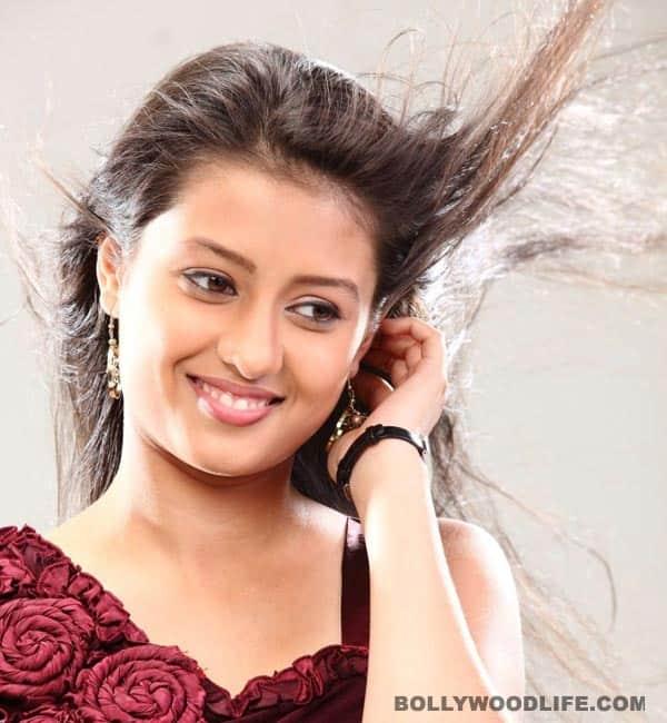 Hrithik Roshan's sister in Agneepath, Kanika Tiwari signs her second Telugu flick