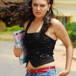 Hansika Motwani shoots in high fever in Bangkok