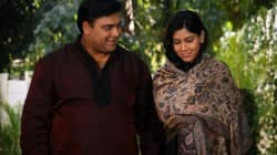 Bade Acche Lagte Hain: Ram Kapoor and Priya in an airplane crash