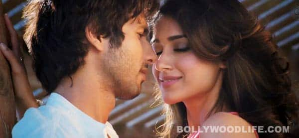 Shahid Kapoor reveals why Ileana D'Cruz was nervous during Phata Poster Nikhla Hero!