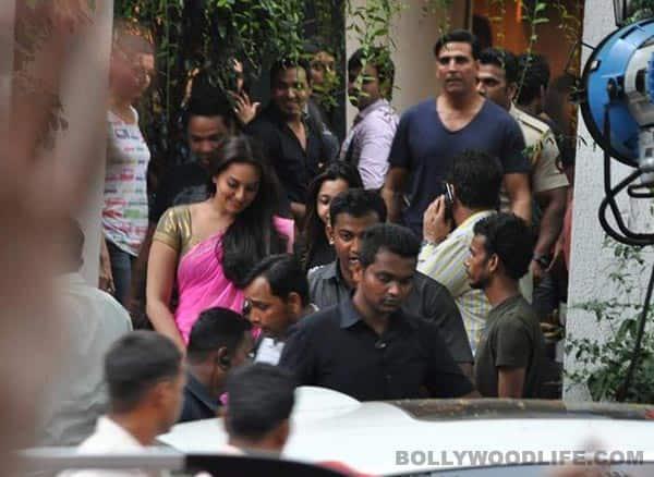 What should Akshay Kumar's Thuppaki remake be called – Bahadur or Holiday?