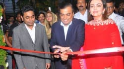 Mukesh Ambani inaugrates Rahman's music college