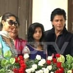 Shahrukh Khan celebrates Eid with family: view pic!