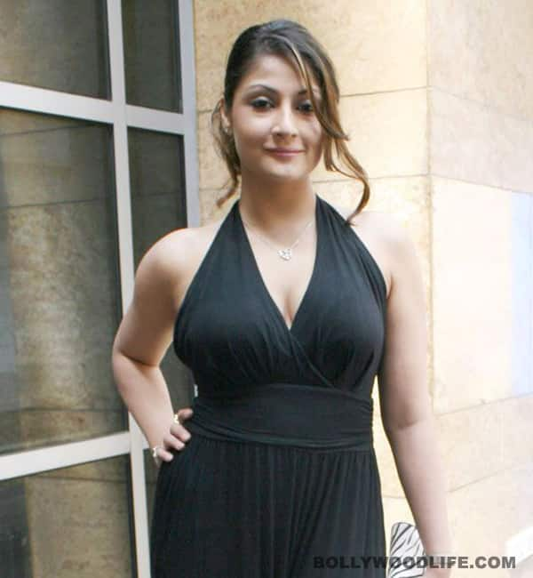 Urvashi Dholakia's laptop and Rs 51,000 stolen in Bandra!